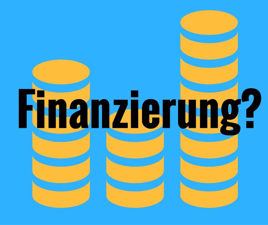 Finanzierung und Geldstapel